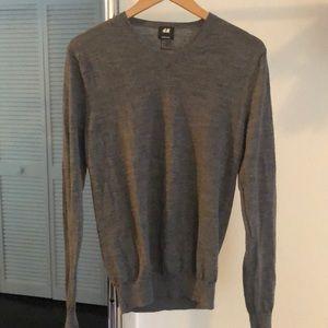 H&M Merino Wool grey Men's V neck sweater